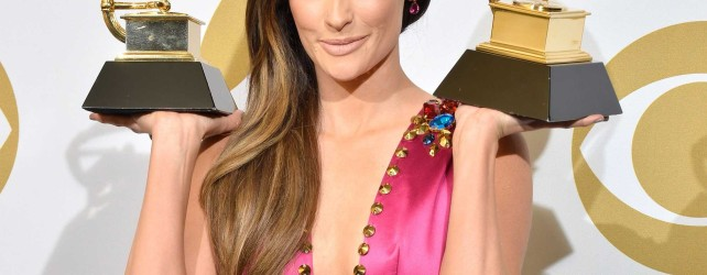 Should Alternative Radio Take Kacey Musgraves Under Their Wings?