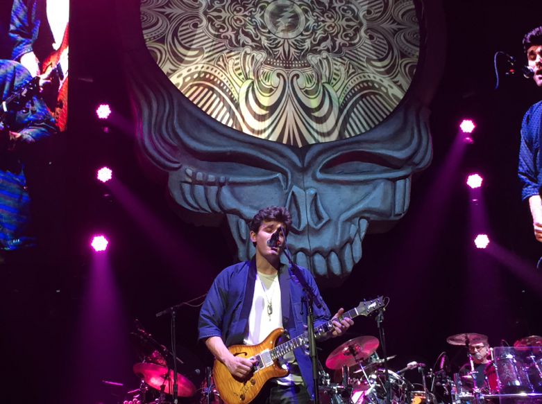 John Mayer took center stage to play as Garcia.